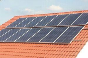 Giá điện tối thiểu đắt gấp đôi điện mặt trời