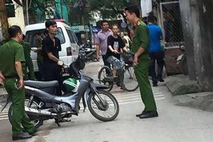 Bắt nghi phạm sát hại cha ở Hà Nội