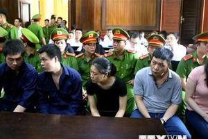 'Trùm' ma túy Văn Kính Dương và hotgirl Ngọc 'Miu' hầu tòa