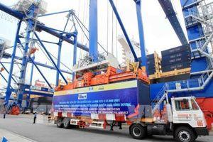 Hải Phòng đón thành công tàu mẹ Wan Hai 805 sức chở 11.923 TEU