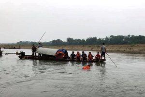 Thanh Hóa: Tắm sông, bốn học sinh đuối nước thương tâm