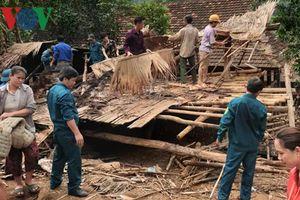 Trận lốc 30 phút làm tốc mái hơn 30 ngôi nhà tại Nghệ An