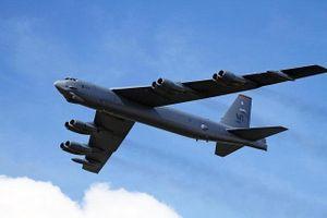 4 máy bay ném bom B-52 rầm rập tới Trung Đông đối phó Iran