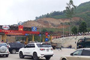 Người dân lại 'quây' trạm BOT Hòa Lạc - Hòa Bình