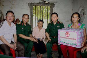 Tổng cục Chính trị QĐND tri ân Mẹ Việt Nam anh hùng tại Nghệ An