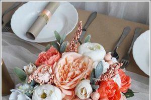 Cắm hoa lụa để bàn cho ngôi nhà thêm sinh động