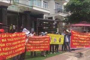 Hàng chục khách hàng vây Công ty Hoàng Kim Land đòi tiền