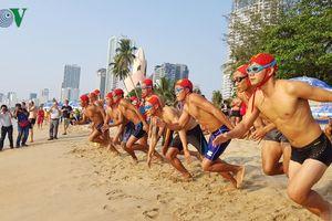 Tổ chức bắn pháo hoa trên biển chào mừng Lễ khai mạc Festival Biển