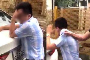 Bảo vệ tòa nhà nơi xảy ra vụ thầy giáo dạy lái xe bị đánh đập vì nghi sàm sỡ nữ học viên: 'Cô gái bảo bị anh kia sờ chỗ nhạy cảm 6 lần'