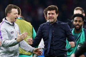 HLV Pochettino khóc 'ngon lành' sau chiến thắng kỳ diệu của Spurs