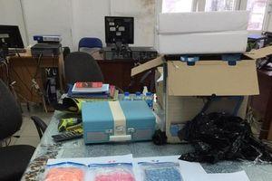 Phát hiện gần 7,5 kg ma túy tổng hợp gửi qua đường sân bay
