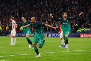 Moura lập hat-trick, Tottenham lội ngược dòng kinh điển trước Ajax