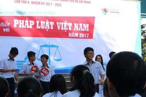 Dạy học sinh phòng chống tham nhũng
