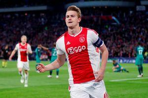 Van der Sar tiết lộ bến đỗ mới của thủ quân Ajax