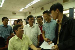 Cử tri TPHCM kêu gọi Bộ trưởng Giáo dục 'vi hành' cơ sở