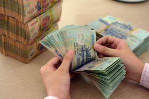 Thắt chặt tín dụng ảnh hưởng thế nào đến ngân hàng và doanh nghiệp?