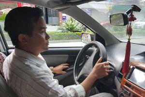 Thầy giáo dạy lái bị đánh vì sờ đùi học viên nữ: Chi 500 triệu để tung clip?