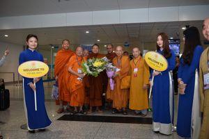 Những đại biểu tham dự Vesak 2019 đầu tiên tới Hà Nội