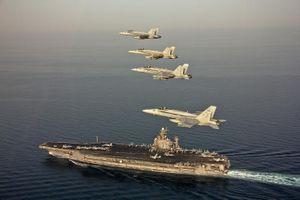Mỹ điều tàu sân bay, oanh tạc cơ tới Trung Đông vì lo sợ vũ khí gì của Iran?