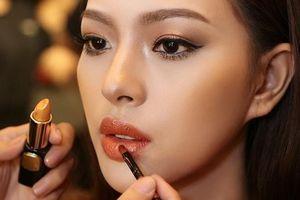 Cập nhật ngay xu hướng trang điểm Metallic cho gương mặt thêm rạng rỡ, long lanh