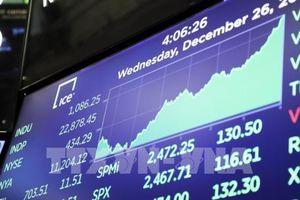 Thị trường chứng khoán Âu -Mỹ biến động trái chiều
