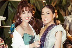 Hoa hậu Tuyết Nga đọ sắc cùng Ngọc Trinh