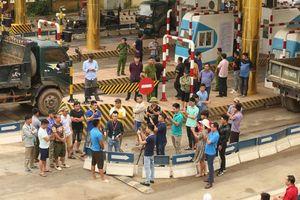 Bộ GTVT gửi công điện hỏa tốc vụ BOT QL6 Hòa Lạc - Hòa Bình bị 'quây'