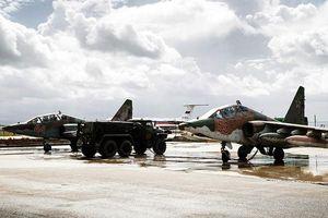 Khủng bố trút 'mưa' tên lửa xuống căn cứ Nga ở Syria