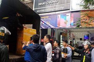 Bộ Công an khám xét chuỗi cửa hàng điện thoại Nhật Cường mobile