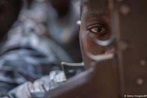 Gần 900 trẻ em chiến đấu chống Boko Haram được thả tự do