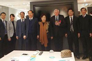 Chủ tịch HĐND TP Nguyễn Thị Bích Ngọc và đoàn đại biểu Hà Nội thăm, làm việc tại London