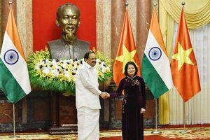 Phó Chủ tịch nước hội đàm với Phó Tổng thống Ấn Độ