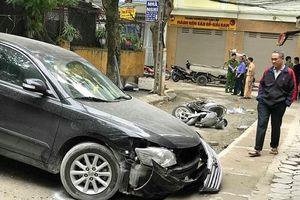 Nhân chứng kể lại khoảng khắc kinh hoàng vụ nữ tài xế Camry lùi xe tông chết người ở Hà Nội