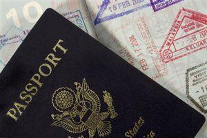 Xin visa tự túc và qua công ty du lịch khác nhau như thế nào?