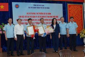 Thứ trưởng Vũ Thị Mai làm việc với Cục Hải quan TP. Hồ Chí Minh