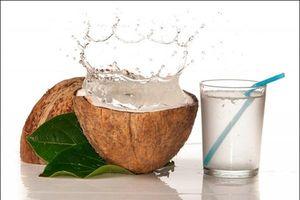 Công thức đơn giản làm sinh tố dừa xiêm giải nhiệt ngày hè