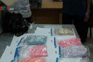 Phát hiện bưu kiện nhập khẩu vào Việt Nam chứa ma túy