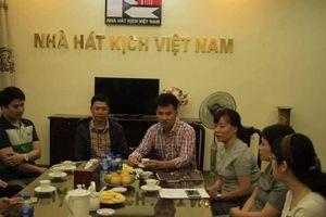 Trao hơn 300 triệu đồng cho gia đình nạn nhân vụ tai nạn ở hầm Kim Liên