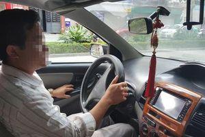 Thầy dạy lái xe bị tố sờ đùi nữ học viên nhận tin nhắn đe dọa 'giết cả nhà'