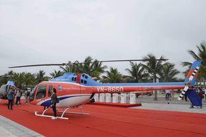 Ngắm cảnh vịnh Hạ Long bằng máy bay trực thăng Bell 505