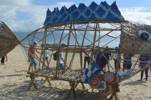 Xuất hiện Bống (Goby) 'ăn' rác thải nhựa trên bãi biển Đà Nẵng