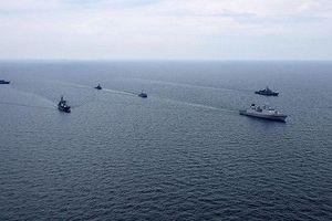 Tàu tên lửa, trinh sát Ukraine và Anh tập trận chung ở Biển Đen
