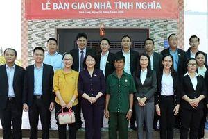 Tập đoàn Hưng Thịnh bàn giao 50 căn nhà tình nghĩa tại tỉnh Vĩnh Long