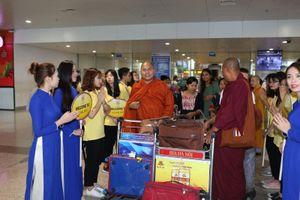 Đón hơn 1200 đại biểu quốc tế đến Việt Nam dự Đại lễ Phật đản Vesak