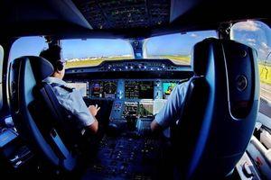 Thủ tướng mừng vì Việt Nam không còn phụ thuộc phi công nước ngoài