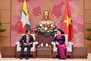 Chủ tịch Quốc hội Nguyễn Thị Kim Ngân tiếp Tổng thống Myanmar Win Myint