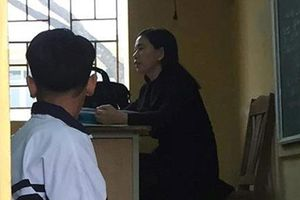 Cô giáo bắt nam sinh quỳ trong lớp học: Sở GD&ĐT Hà Nội yêu cầu làm rõ