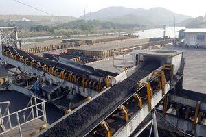 Giữ vững nhịp độ sản xuất than