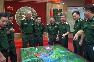 Trung tướng Đỗ Căn thăm và làm việc tại Bộ Chỉ huy BĐBP Quảng Trị