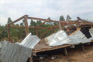 Những ngày đầu tháng Năm, thiên tai gây thiệt hại cho nhiều địa phương